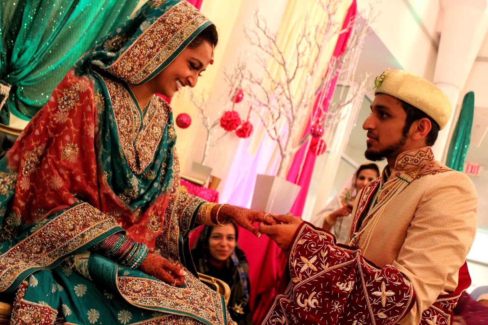 significance of marriage in muslim tradition There are primarily two sects within islam (shi'a and sunni) that hold different views on a number of religious issues muslim funeral traditions.